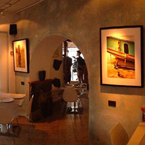 La saletta interna, la Galleria d'Arte